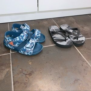 🌸 2 pairs of Boys Sandals